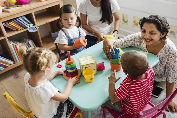 Aide pour la création et la gestion de jardins d'enfants